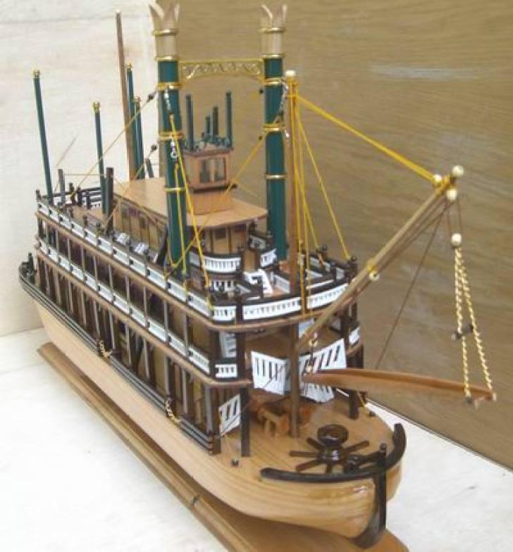 Miniatur Kapal kayu King of Missisipi